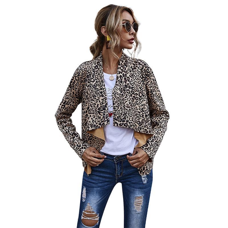 Capa de la vendimia del leopardo de la manera del invierno de Calle 2020 Abrigos de la Mujer capucha para mujeres otoño dan vuelta-abajo chaqueta Mujer