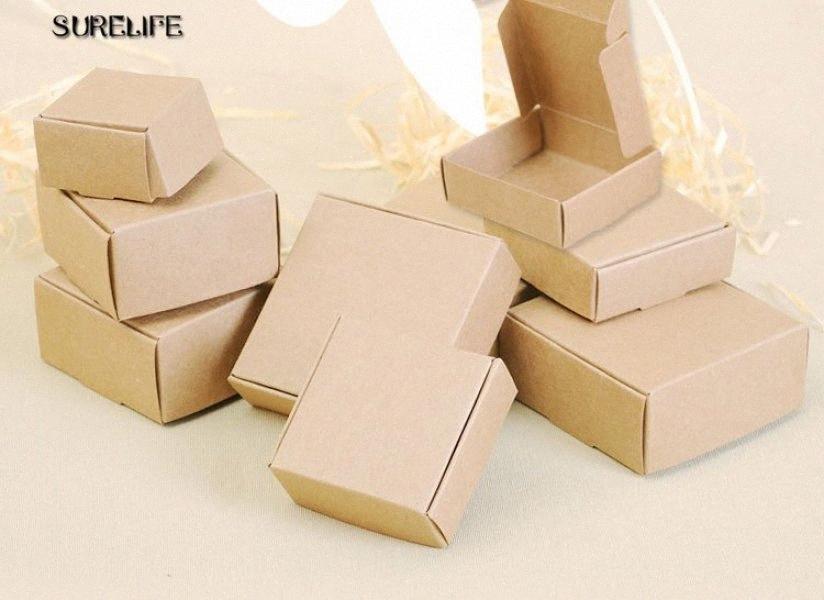 100pcs Kraft Siyah Beyaz Karton Parti Kutusu Craft Hediyelik Kutular Şeker kutusu Kozmetik El yapımı Sabun Paketi 36pq # Paketleme
