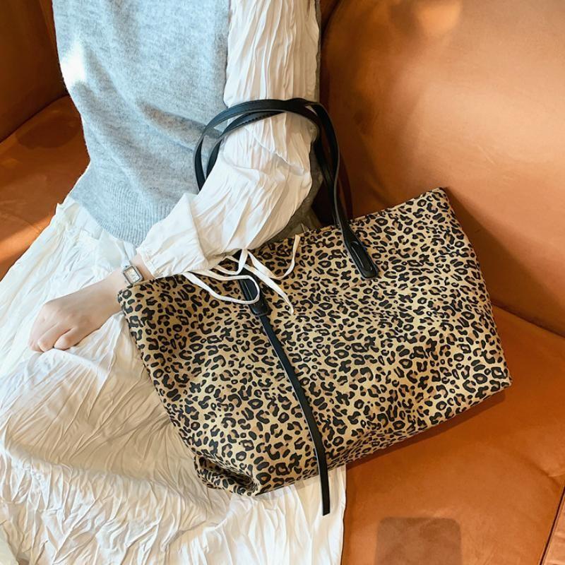 Borse di femme Borse Leopard Leopard Borse di lusso Borse da viaggio Donne femminili Grandi borse di tela Borse da donna Borsa da donna A Sac Designer Main Winter WhuPF