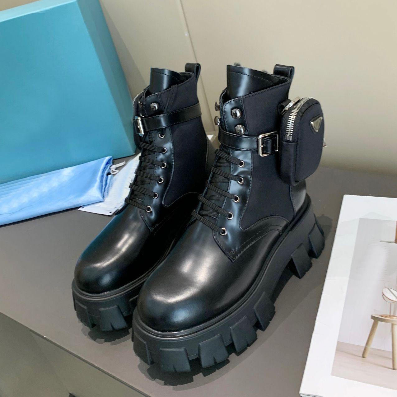 Prada boots NUEVO ROIS CUERO Y MONOLITH RE-NYLON BOOL TOKLE MARTIN BOOTS Botas de combate de inspiración militar Botas de nylon adjuntas al tobillo con correa