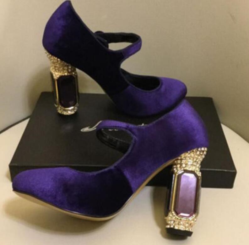 2020 Defile kadın bağbozumu yüksek topuklu tıknaz topuk parti ayakkabı kadife Mary Janes elmas topuk gelinlik ayakkabıları pompaları