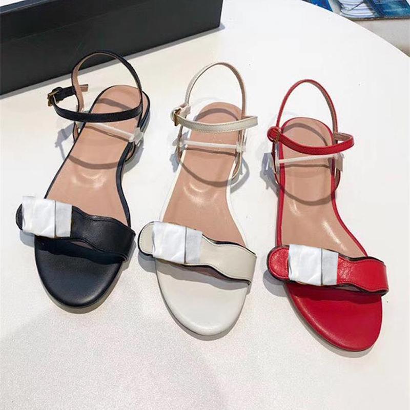 Kadın Popüler Sandalet Yaz Flats Seksi Deri Bayanlar Sandalet Kadınlar Casual Flats Ayakkabı Bayanlar Beach Roma Sandalet 35-42 NO261