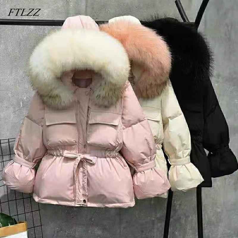FTLZZ Büyük Doğal Rakun Kürk Kış Ceket Kadınlar 90% Beyaz Ördek Aşağı Palto Kalın Sıcak Kanat Kravat Kısa Parkas Kar Coat 201102