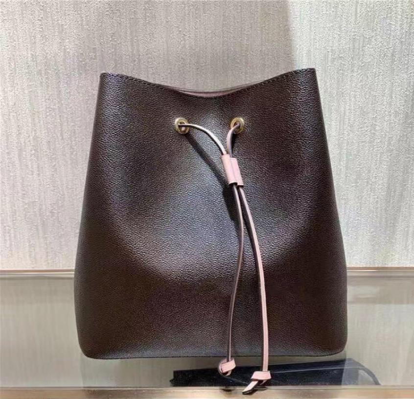 Borsa di alta qualità Designer Designer Body Pelle Body Shoulder Donne Donne Messenger Borse Donna Nujji