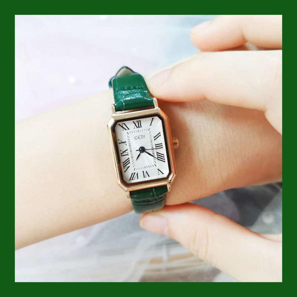 Reloj de cuarzo pequeño de la moda de la moda simple del cinturón 2020