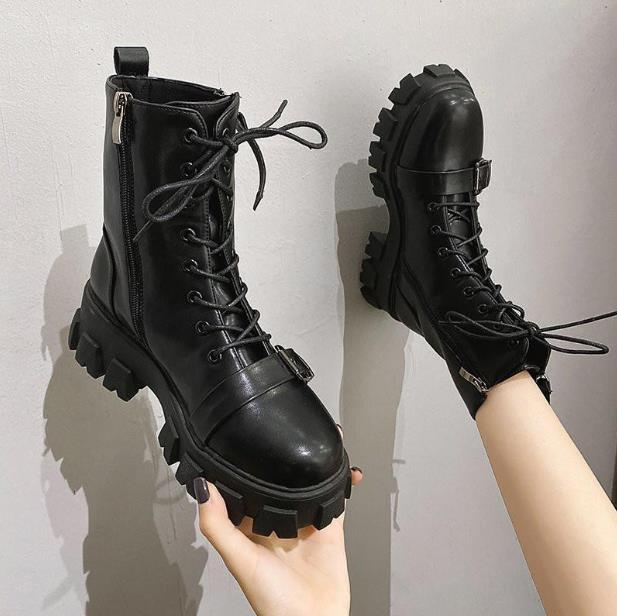 Winter Chunky Basic Black Lace-up Stiefel Runde Zehen Knöchel Weibliche Weiße Lederplattform Coole Plüsch Martin Bootin