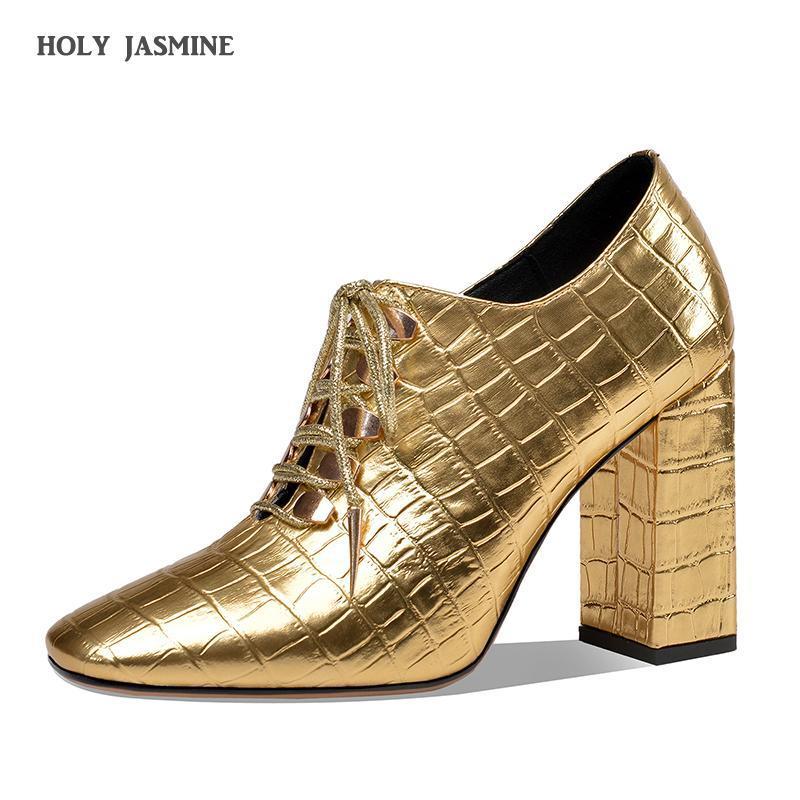 2020 New Women Casual Pompes haute qualité à lacets en cuir verni Chaussures Bout carré confortable à la main place Party talon pompes