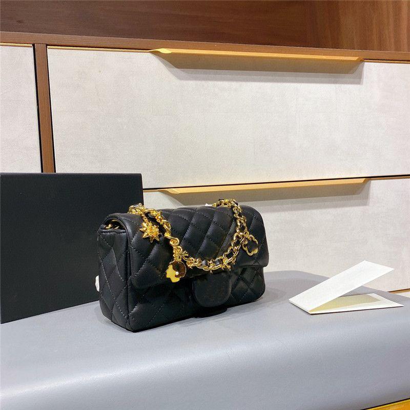 2021 Bag for Women Purse Ladies Fashion black Crossbody Bags Female Top Quality Shoulder Clutch handbag With Chain Decoration