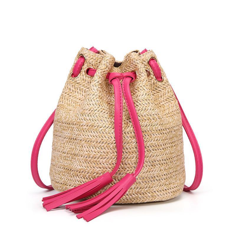 Verano Nueva borla Cubo Bolsa bolsos crossbody a mano punto paja de la playa bolsa de viaje casual del hombro del bolso retro de Boho