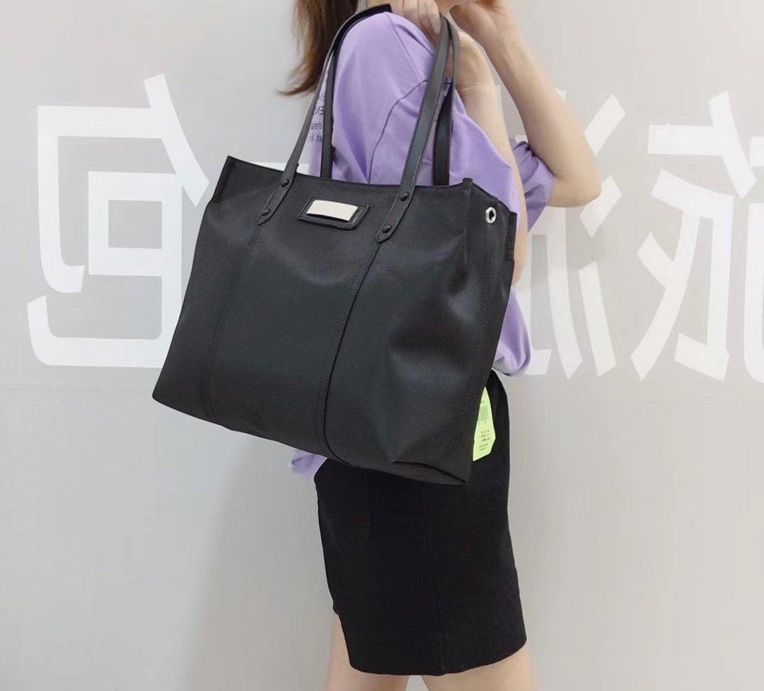 SSW007 Wholesale Backpack Fashion Men Women Backpack Travel Bags Stylish Bookbag Shoulder BagsBack pack 509 HBP 40011