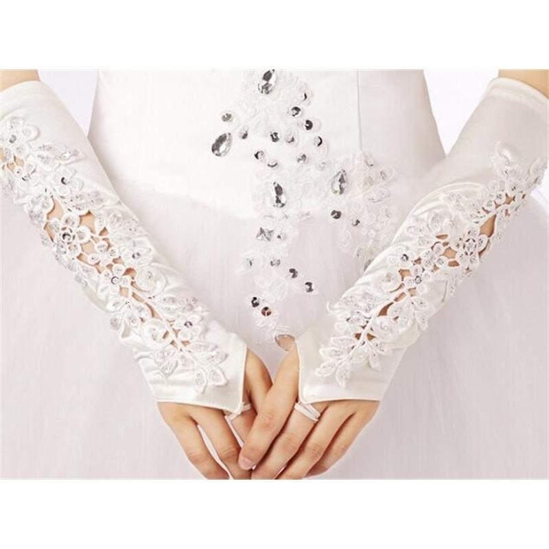 С последними кружевыми аппликациями свадебные элегантные перчатки Бесплатная доставка без пальцев моды свадебные аксессуары