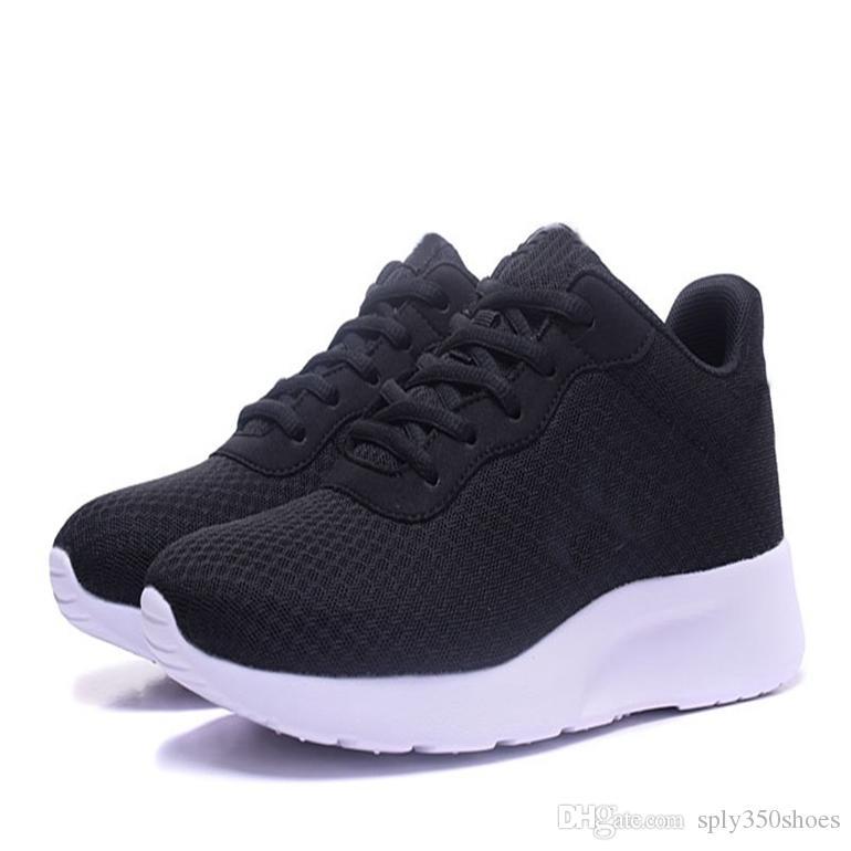 Vente Hot New Femmes Mode Hommes Chaussures Mesh respirant Chaussures Homme Chaussures Marche neuf Confortable légère DHSP-542154