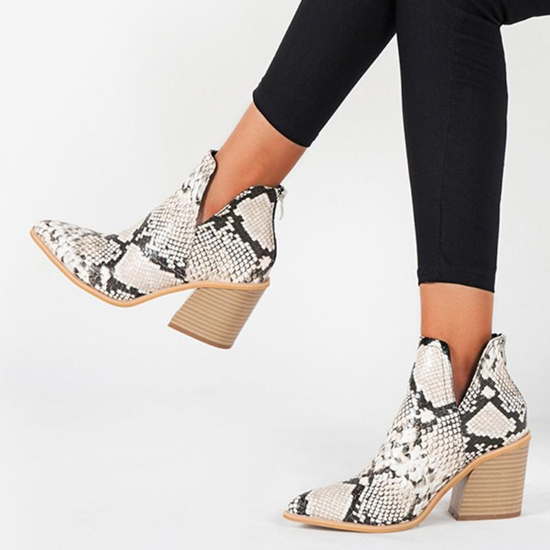 Botas Mujeres Puntas puntiagudas Sneak Skin Tobillo Zapatos desnudos Invierno Sexy Casual Damas Cuero Western Wild Style Fashion Boot