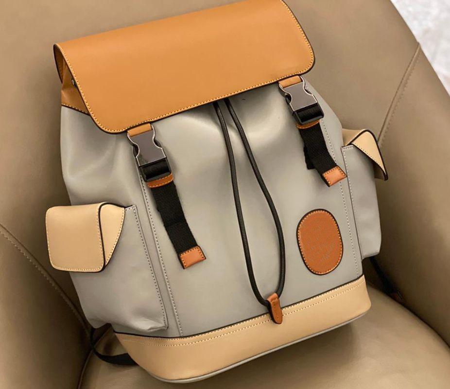 2021 Zaino Unisex Backpacks Borsa scolastica Vendita calda Popolare e simpatico stile Best Selling