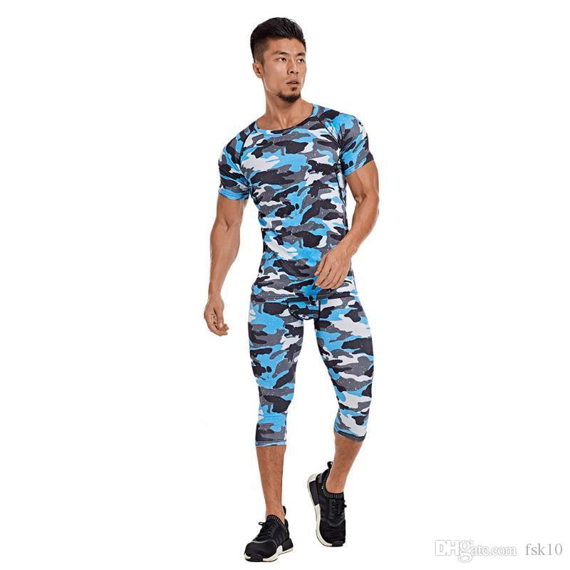 Идущие наборы Gym Спортивная мужчин Костюм Фитнес футболки Брюки Спорт Обучение Одежда дышащий беговые брюки мужчины Gym Одежда