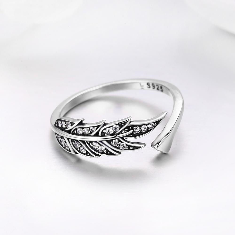 Venta caliente de womak 925 Alas de pluma de plata esterlina Anillo para mujer para niñas Regalo de cumpleaños Joyas de lujo Ajustable Y0122