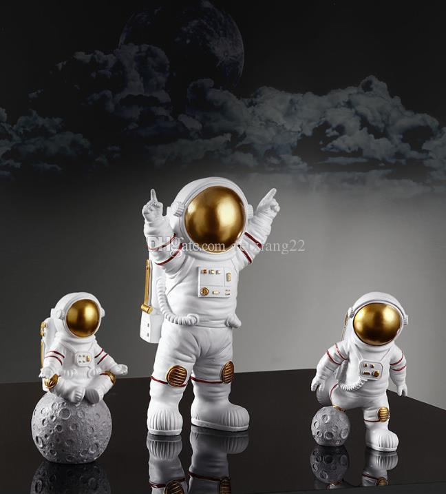 Fashion Creative Astronaut Small Decorations Desktop Astronaut Living Room TV Cabinet Children's Room Decoration Home Decoration Furnishings