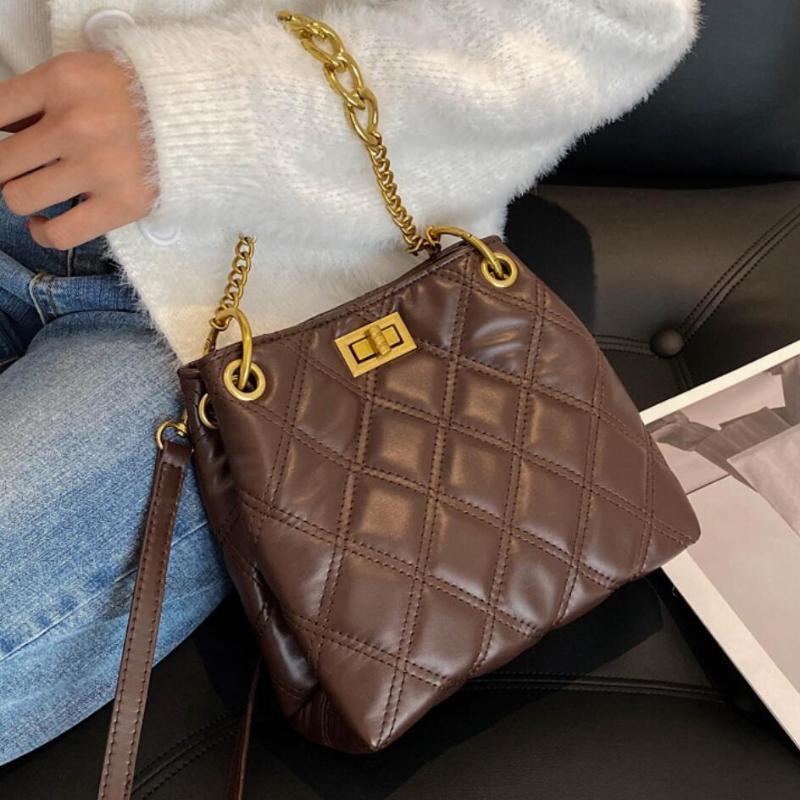 Fashion treillis Sac Seau Femme 2020 Sac fourre-tout Nouveau Designer Pu en cuir PU Handbag qualité Vintage Chain Oponders Messenger High Ngphu