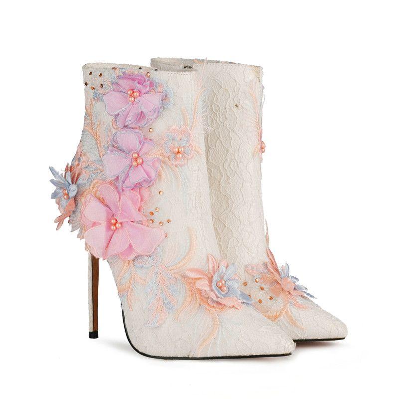 Artı boyutu 35-46 Seksi Ayak bileği Boots For Women Şık Nakış Dantel Düğün Ayakkabı Patik Moda Bayanlar Akşam Partisi Çizme Yüksek Topuklar