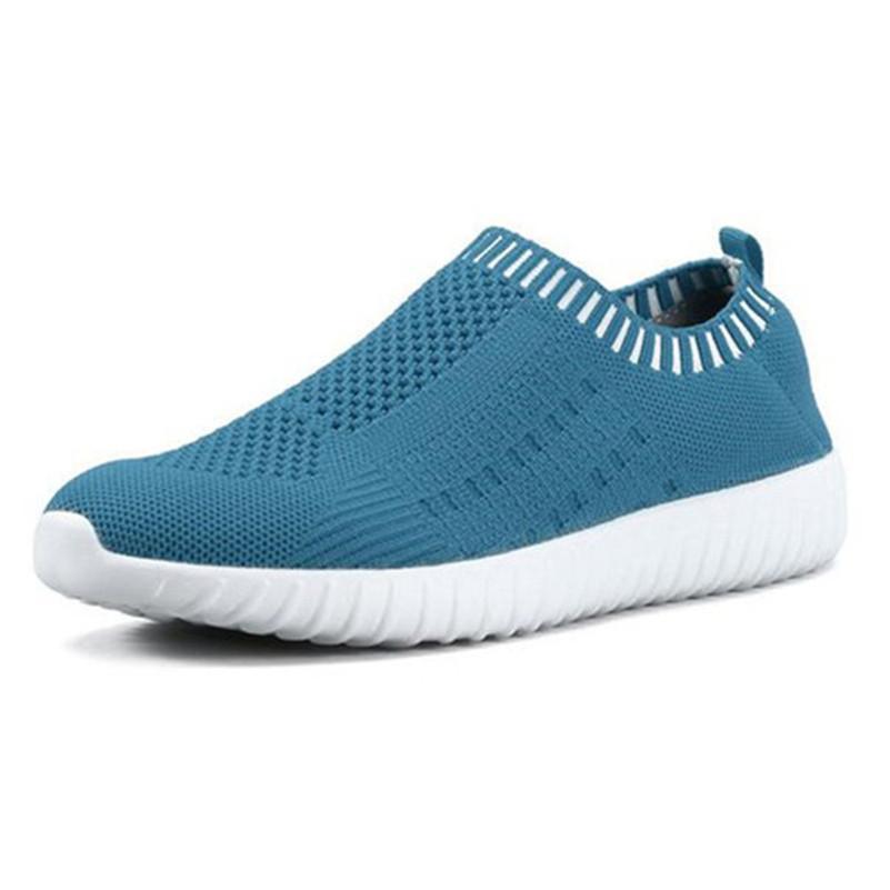 2020 남성과 여성을위한 솔리드 컬러 다른 신발 조커 패션 발자국 AdajvicXvewwer