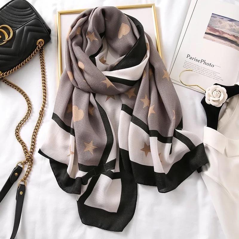 Autumn winter women scarf beach quality shawl cotton Linen silk lady fashion scarves wrap hijab muffler Soft Pashminas bandanna Y201007
