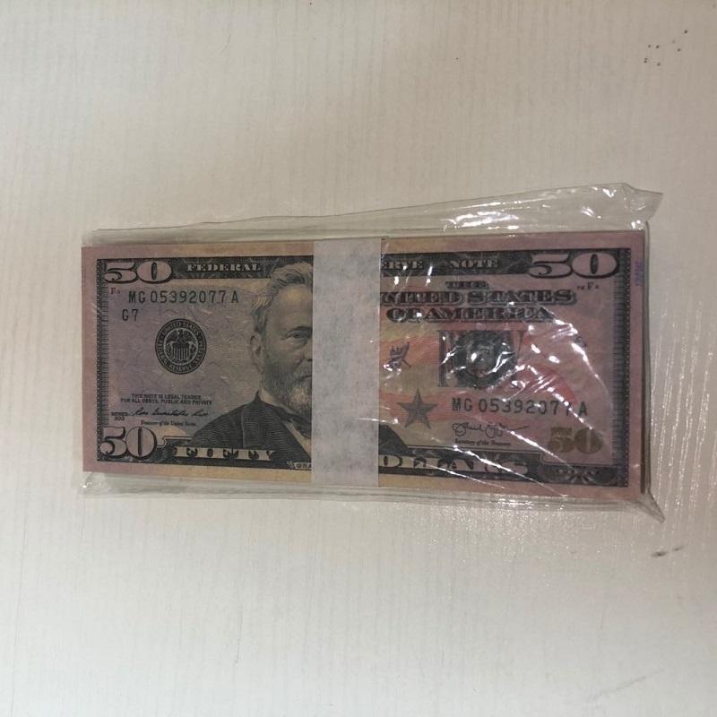 Papier Hohe Währung Factory Requisiten Bar Qualität Großhandel 100 Stück / Packungsparty Dollar 50-3 Atmosphäre FAQU Sendung Requisiten American MMEVK