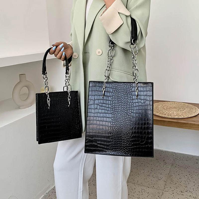 Grand sac à bandoulière Femme Femme Voyage Cuir Quililly Sacs Sac Sac à main de luxe Chaîne PU Sacs Sacs de concepteur Sac Main A Femme Pduph