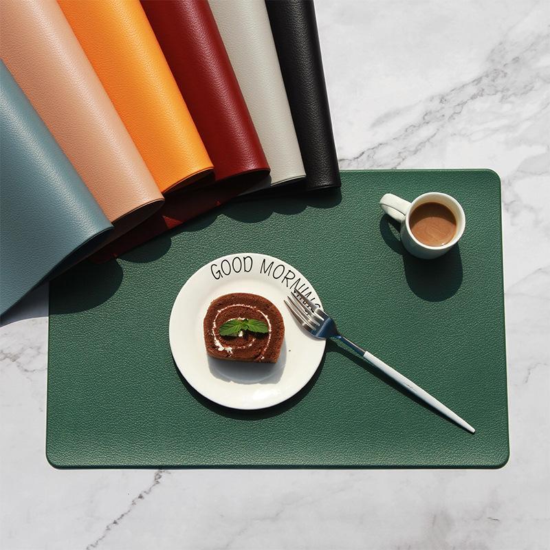 Обеденный стол Водонепроницаемые маслозащитные моющиеся коврики Синтетическая кожаная домашняя кухня Placemat Placemats Pads Украшение будет и Сэнди