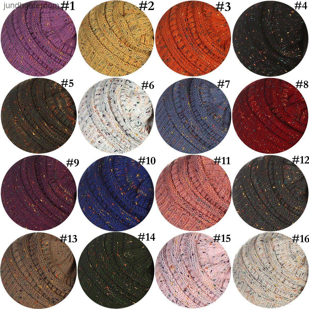 Вязаная шапка 26 Цветов Мягкие растягивающиеся Женщины Кабельный вязаный зимний Теплый череп Beanie 30 шт. OOA3836