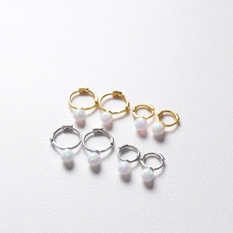 925 Sterlingsilber-Ohr Einfache Mini Opal Stein Runde Ohr-Ring-Ohr-Knochen-Schnalle süßes netter Trend Wild Girl Schmuck