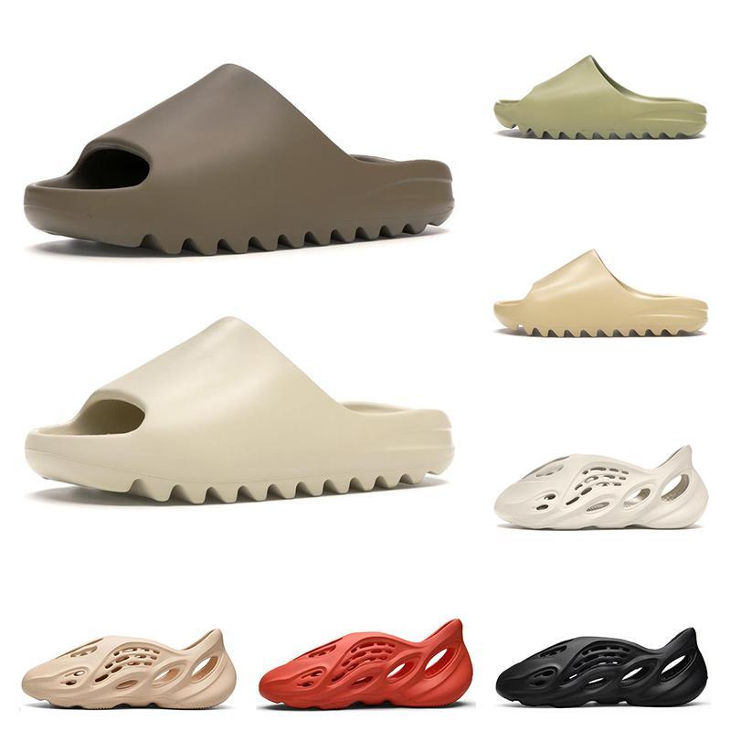 Hot 2020 New Kanye West Slide Men Mujer Zapatillas Bone Desierto Arena Resina Earth Brown Ararat Runner Triple Black Mens Diapositivas Beach Hotel Sanda