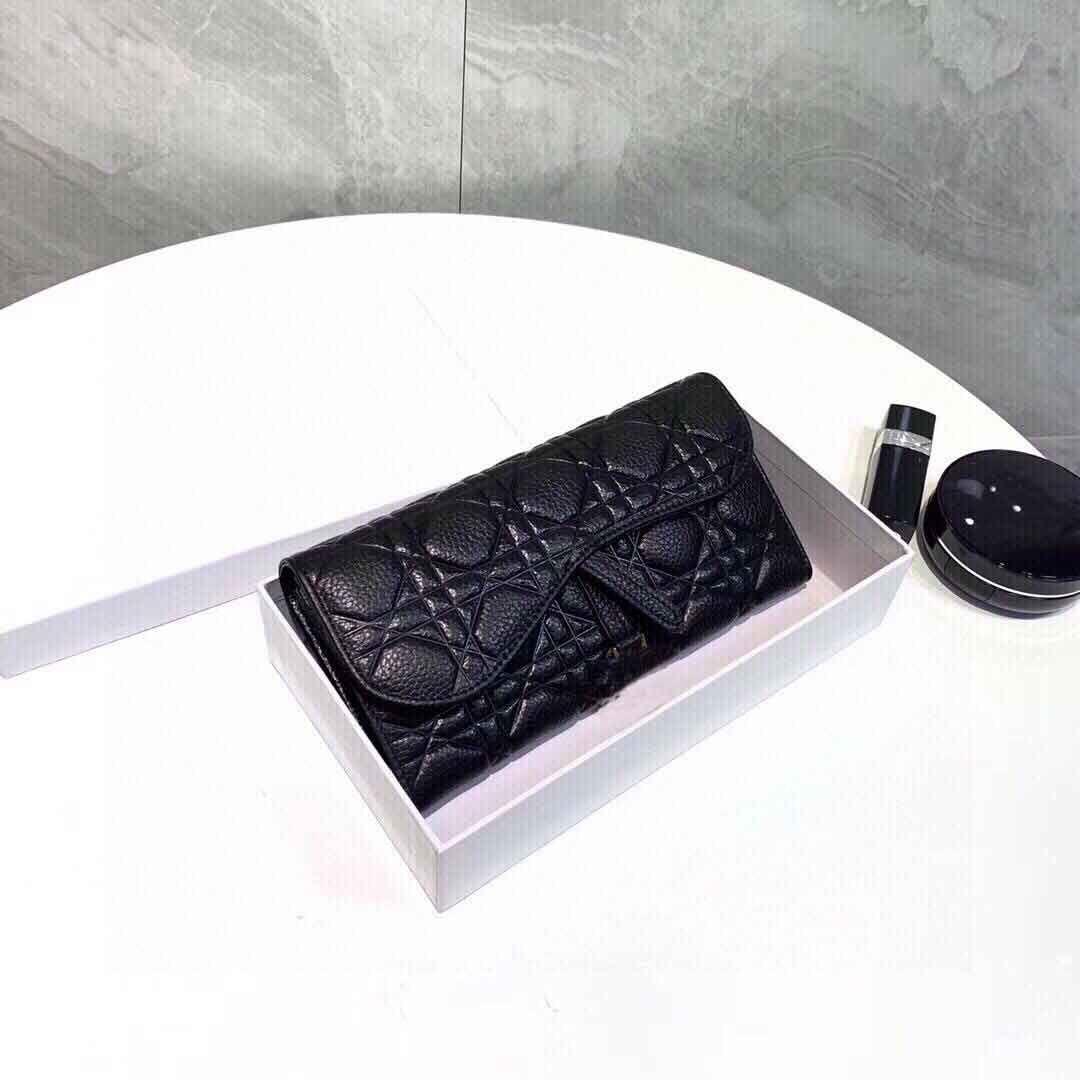 Berühmte Stylist Frauen Tasche 21AW Neue Arrivel Heiße Weibliche Eleganz Brieftaschen Handtaschen Dame Einfache Straße Taschen Designer Stil Schwarze Farbe