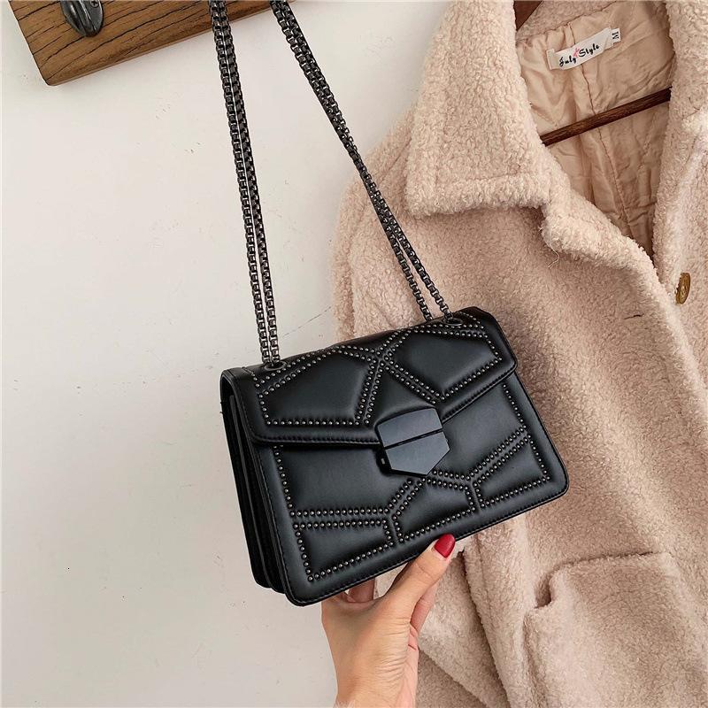 HBP Mensajero Moda Non-Brand Bag Extranjero Estilo Pequeño Bolso Invierno Y Moda Nuevo 2021 Cadena de Mujeres Insinuación negra Un Hombro AU GHQPP