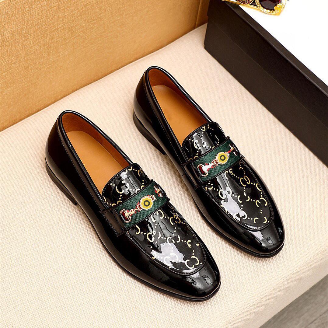 2020 yeni erkek ayakkabı erkekler elbise ayakkabı deri nefes eğlence iş tuval örgün ayakkabı erkekler zapatos de hombre