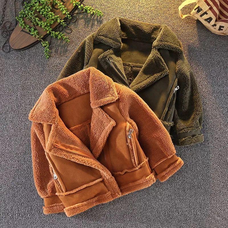Kurtki 2021 Chłopcy Girls Pogrubienie Ciepłe Cashmere Fake Futro Coat Kids Winter Coates Odzieżowa Odzieżowa Kurtka