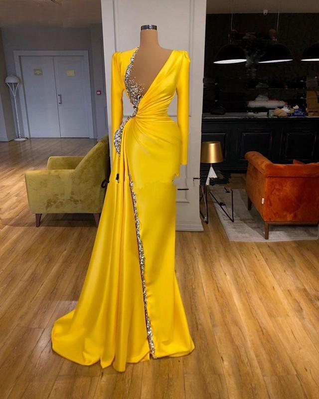 New Arrival Sparkly Yellow Long Sleeves Prom Dresses Deep V-neck Beaded Crystal Beaded Special Occasion Pageant Party Gowns Formal Dress