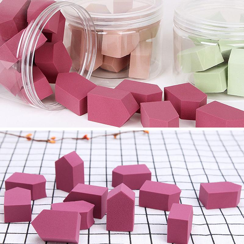 15 PCS / diamante de la caja soplos de polvo de esponja hidrófilos soplos de polvo en agua aumente de tamaño Herramientas cosméticas