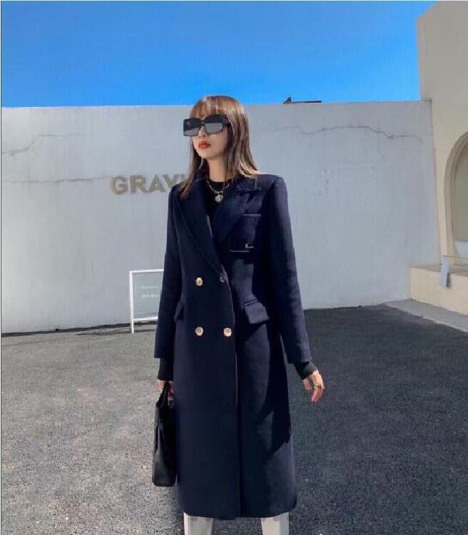 Damenmode Mantel Neue Koreanische Stil Dünne dünne Wollmantel Mittellange Schwarzer Brief Stickerei Wollmantel Freies Verschiffen