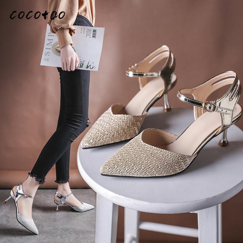 Scarpe con tacco alto francese 2020 primavera ed estate nuova fibbia parola con scarpe da tacco a spillo appuntito fata fata sandali selvatici T200327