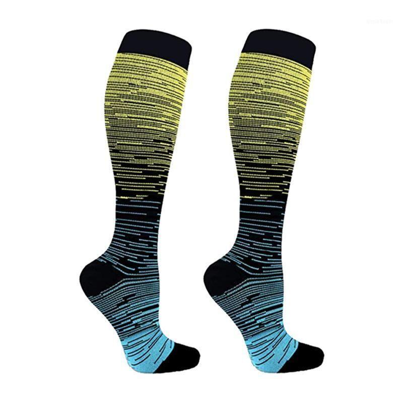 Nylon Randonnée Adulte Non Slip Elastic Unisexex Support Confortable Sweat Pullbing Compression Chaussettes de Color Sports Sports Run1