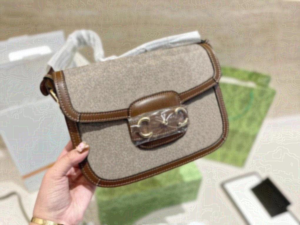 21 cm Tasarımcılar Vücut Omuz Çantaları Çapraz Kaliteli Hediye Çantası Luxurys Çanta Eyer Yüksek Zincir Ücretsiz Kadınlar Kutu Ambalaj Alışveriş STHNE