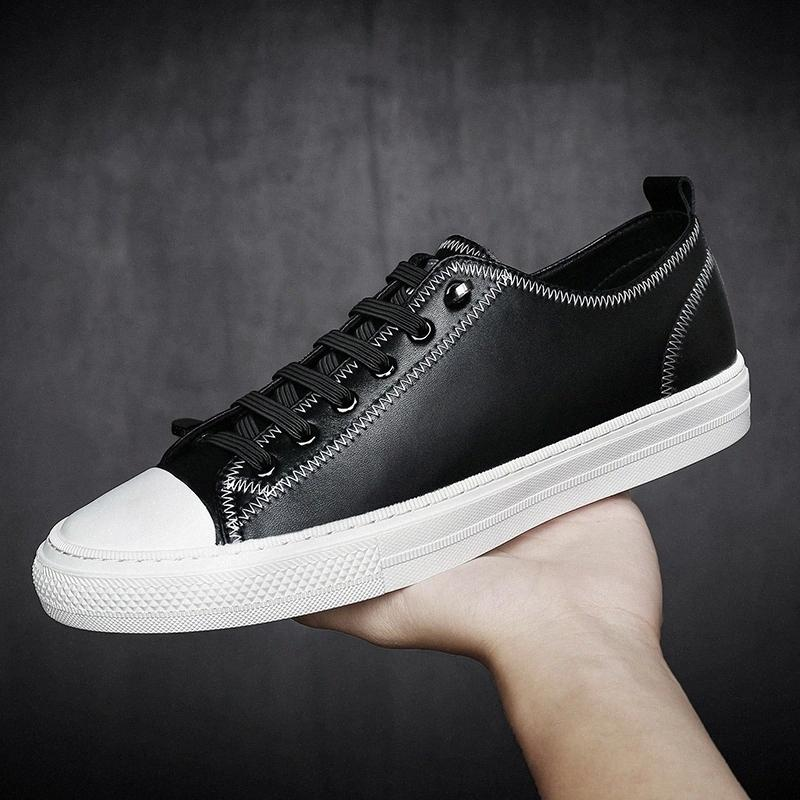 Scarpe in vera pelle da uomo di lusso Lace Up Fashion Sneakers Designer Quality Designer Calzature Skate Scarpe da uomo Lace-up Gomma # KP5Y