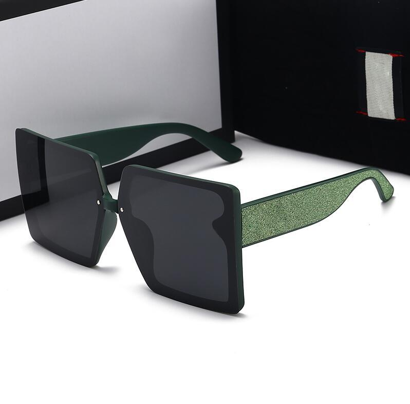 2021 Tasarımcı Güneş Gözlüğü Kadınlar ve Erkek Moda Yaz Meydanı Gözlükleri Beş Stiller İçin En Yüksek Kalite Kutusu