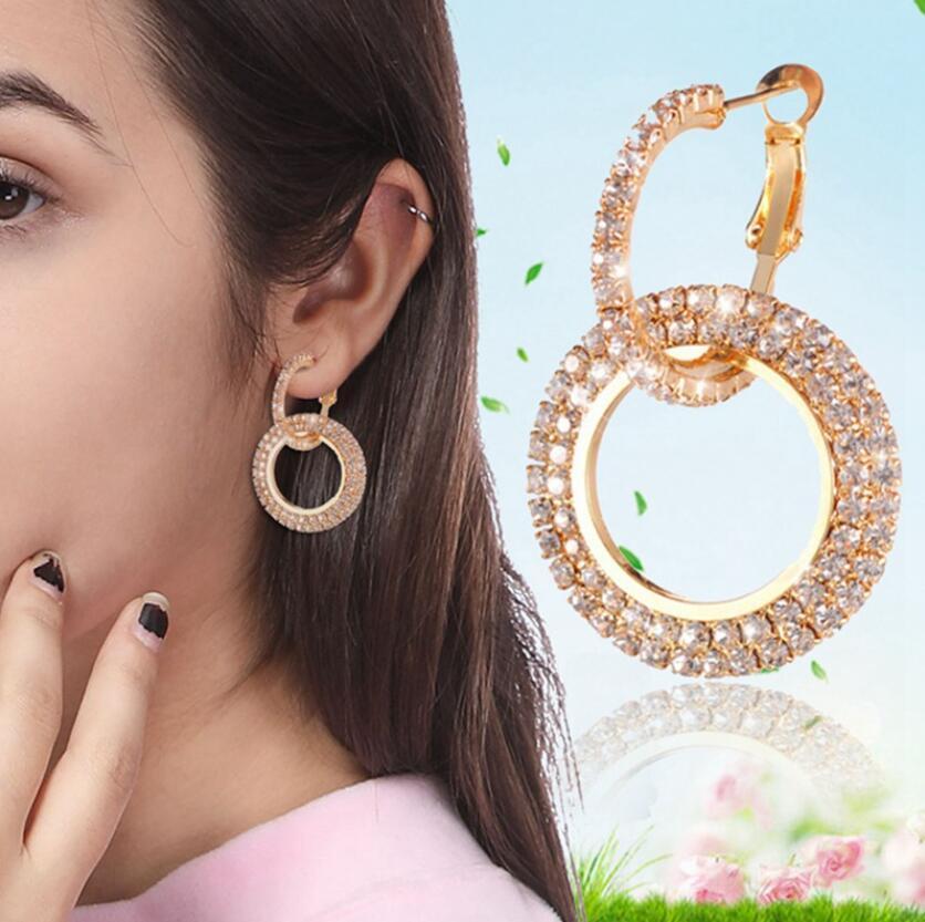 Kadınlar Düğün Takı 5 Colors için Moda Parlayan Çember Kristal Küpe Hassas Kakma Altın Gümüş Renk Rhinestone Küpe