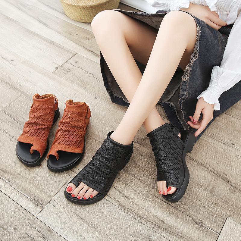 Tilocow Sandálias de couro genuíno Senhoras Gladiador Handmade Sapatos Mulher Slip-On Casual Roma Retro Sandálias 2020 Novo Verão1