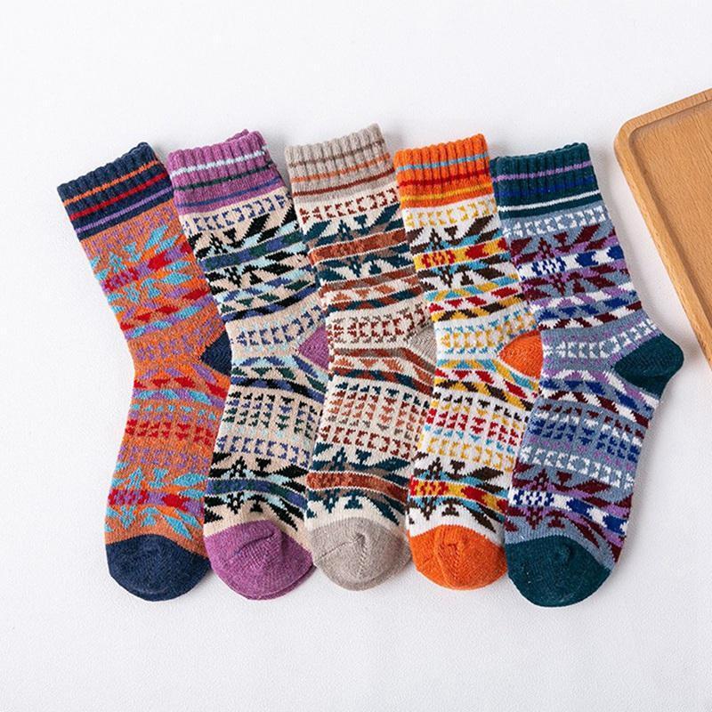 5 pares New inverno quente Wool Socks Vintage peúgas do Natal Casual Mulheres coloridas de alta qualidade homens Macio