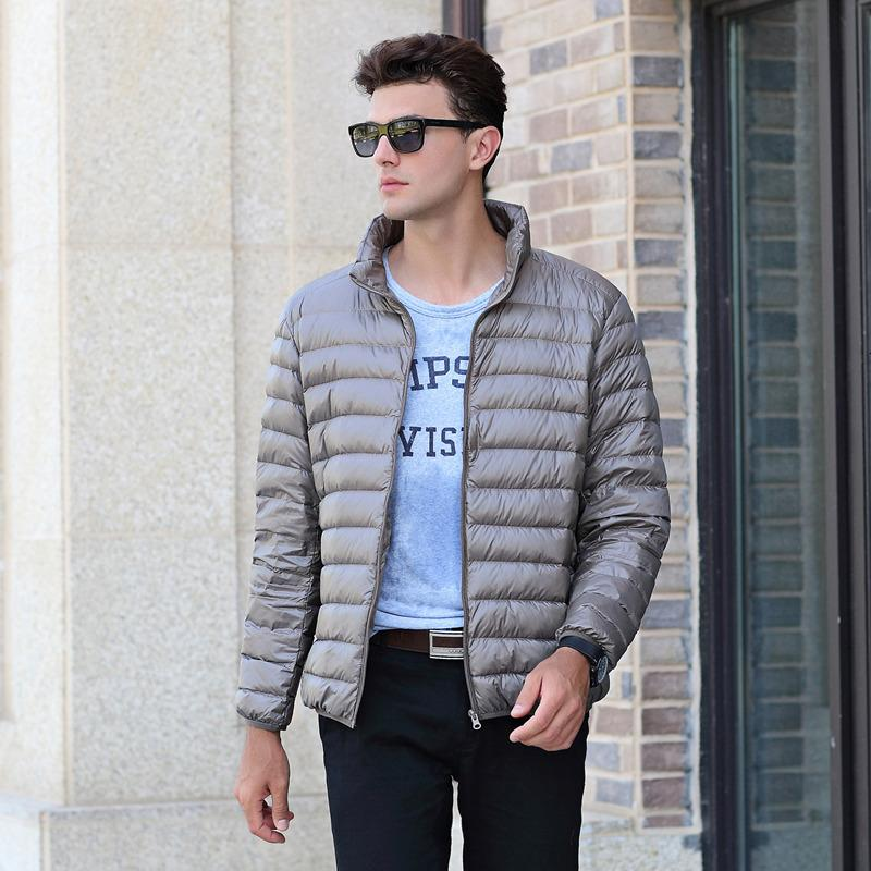 Tiaraka 2020 Nova Qualidade Top Top Men's Warm Light Fino 90% Branco Duck Down Jacket Men Parka Casual Casaco Outer Doudoune Homme