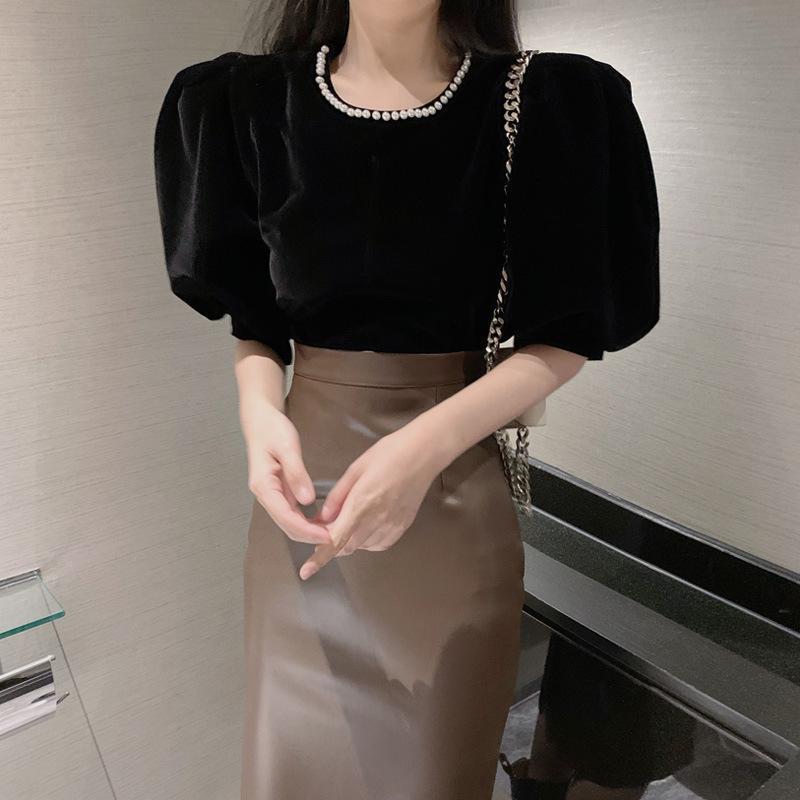 Kadın Bluz Gömlek Fransız Tarzı Vintage Kadife Gömlek Kısa Puf Kollu O Boyun Inci Seksi Ince Moda Kadınlar Parti Kulübü Gece Büstü Tops