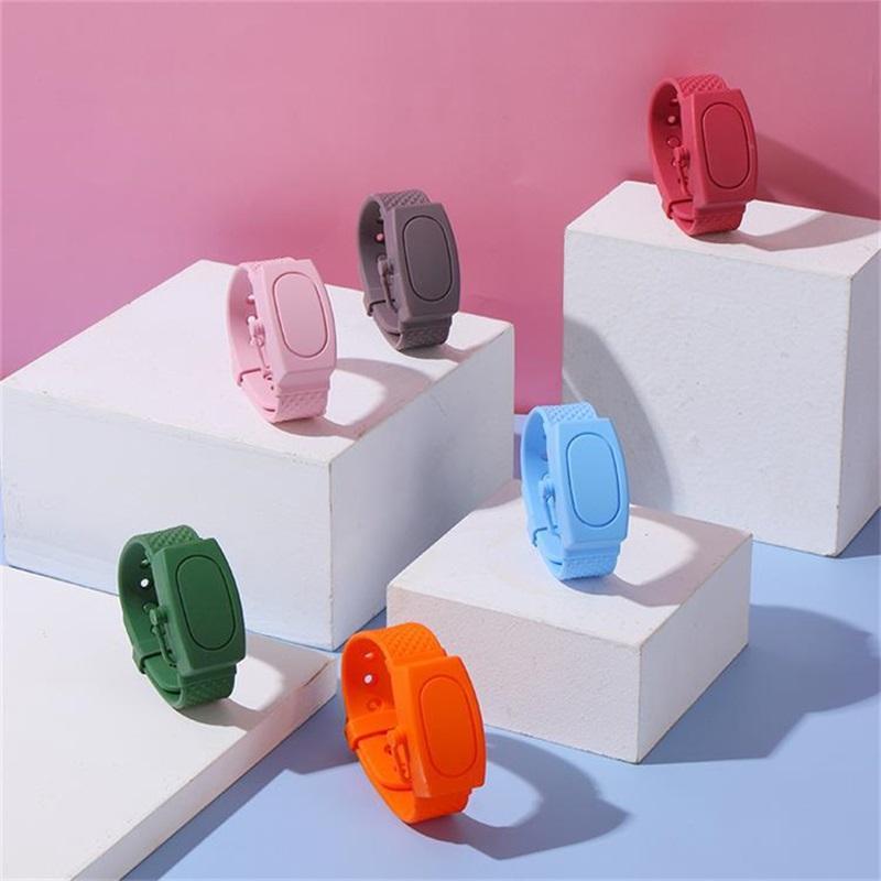 Hand Sanitizer Dispenser Armband beweglicher Silikon-Extrusion Flüssigseife Dispensing Armband Badezimmer Kinder Erwachsene Armbänder New 6wh G2