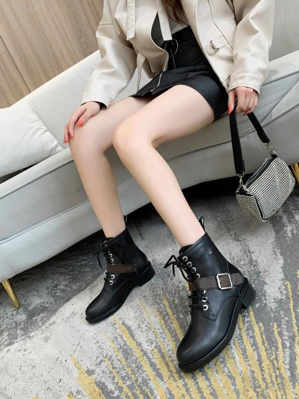 Martin boots 100% cowhide women Shoes Classic Thick heels Leather High heeled boots Fashion Lady short boots Large size 35-41